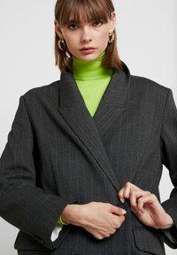 Weekday - LOUISE - Krátký kabát - grey - 3