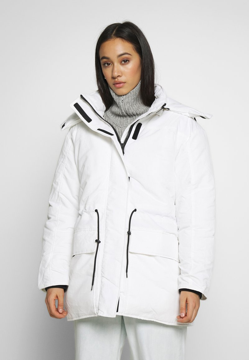 Weekday - ZIMBRA PADDED JACKET - Winter jacket - white