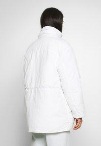 Weekday - ZIMBRA PADDED JACKET - Winter jacket - white - 3