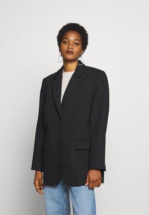 TEGAN - Krátký kabát - black