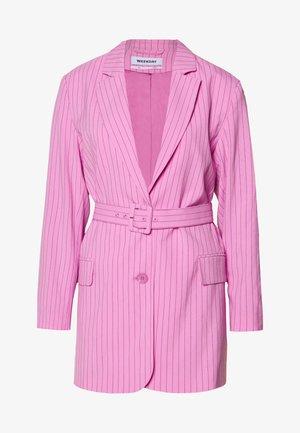 JEAN - Halflange jas - pink