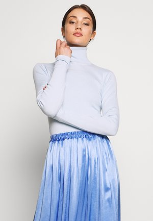 KIRSTEN TURTLENECK - Jersey de punto - light blue