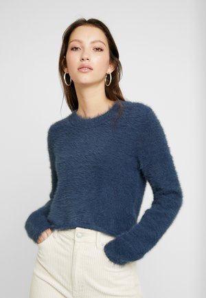 CHERISH SWEATER - Strikkegenser - blue