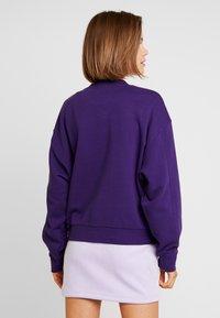 Weekday - HUGE CROPPED  - Sweatshirt - purple - 2