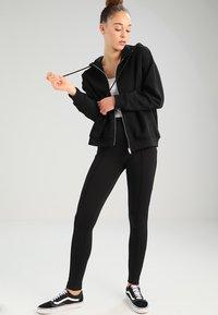 Weekday - AILIN ZIP - veste en sweat zippée - black - 1
