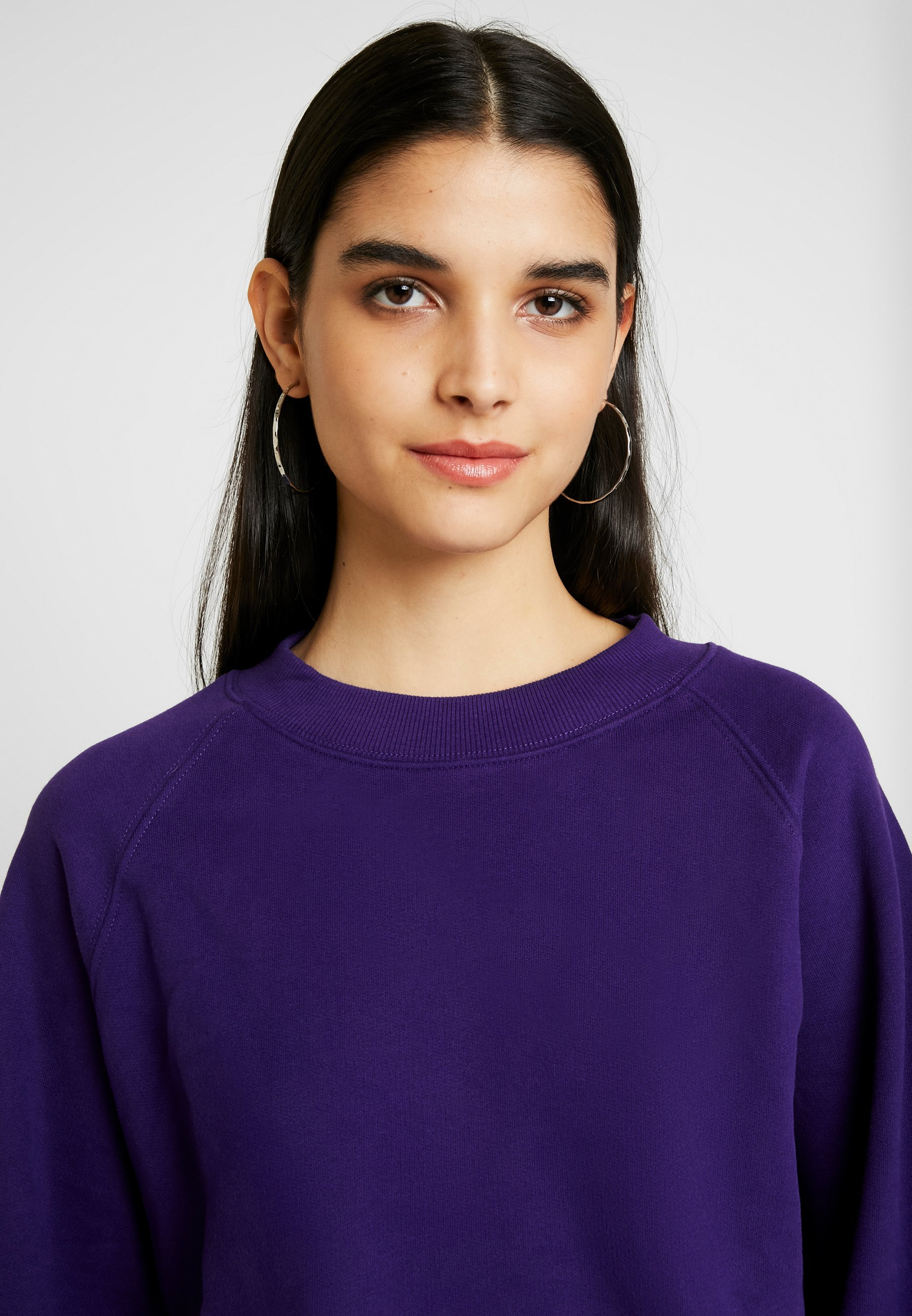 Weekday JOHANNA- Sudadera dark purple