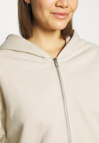 Weekday - MIMI ZIP HODDIE - Zip-up hoodie - light beige - 5