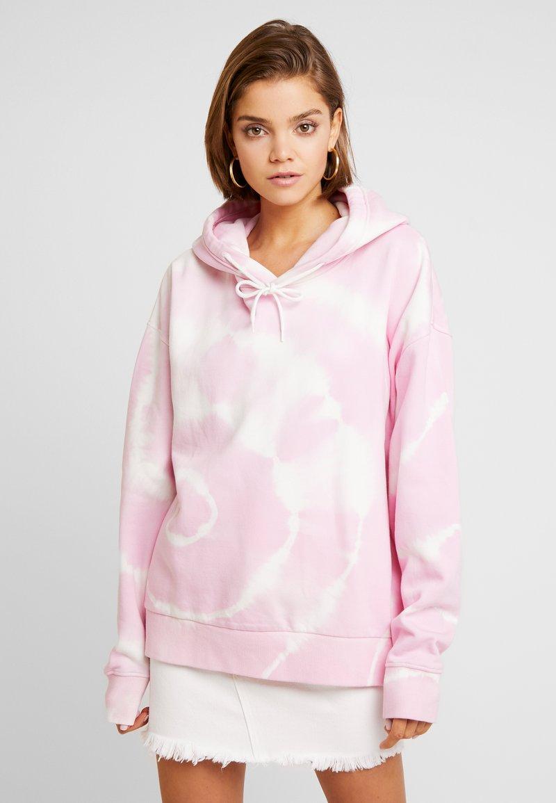 Weekday - ALISA PRINTED HOODIE - Hoodie - tie dye neon pink