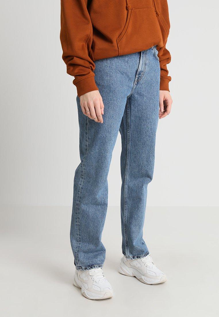 Weekday - VOYAGE - Straight leg jeans - blue denim