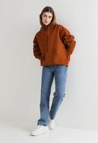 Weekday - VOYAGE - Straight leg jeans - blue denim - 1