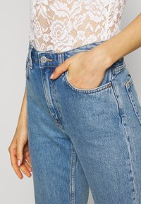 Weekday - VOYAGE STANDARD - Jeans Straight Leg - pen blue - 4