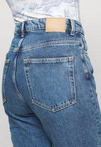 Weekday - VOYAGE STANDARD - Jeans straight leg - black - 4