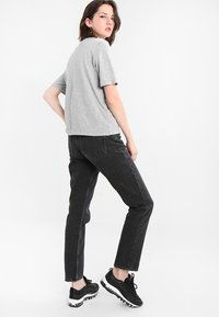 Weekday - SEATTLE  - Jeansy Straight Leg - trotter black - 2