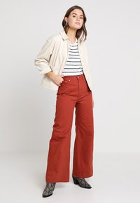 Weekday - ACE - Jeans bootcut - rust - 1