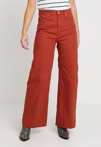 Weekday - ACE - Jeans bootcut - rust - 0