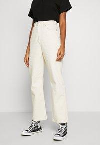 Weekday - ROWE - Jeans relaxed fit - ecru beige dusty light - 0