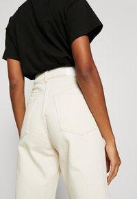 Weekday - ROWE - Jeans relaxed fit - ecru beige dusty light - 4