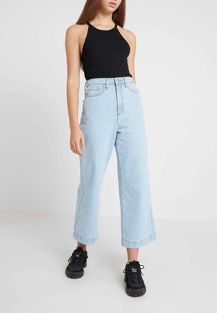 Weekday - VEER - Flared Jeans - sing blue