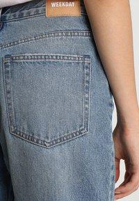 Weekday - NEMJUNG - Jeans Straight Leg - blue wash - 5