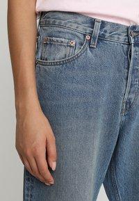 Weekday - NEMJUNG - Jeans Straight Leg - blue wash - 3