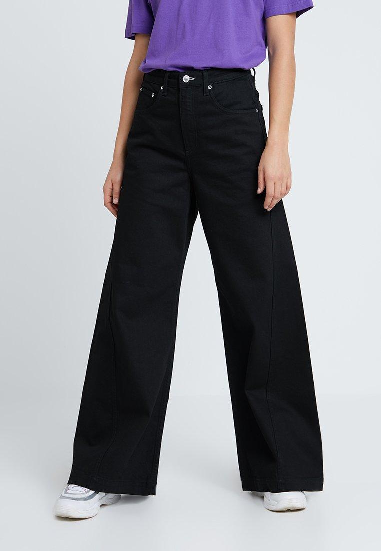 Weekday - BEAT - Jeans bootcut - black
