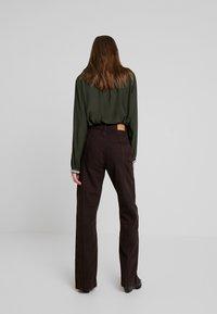 Weekday - ALABAMA TROUSER - Jeans straight leg - dark brown - 2