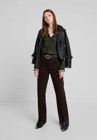 Weekday - ALABAMA TROUSER - Jeans straight leg - dark brown - 1