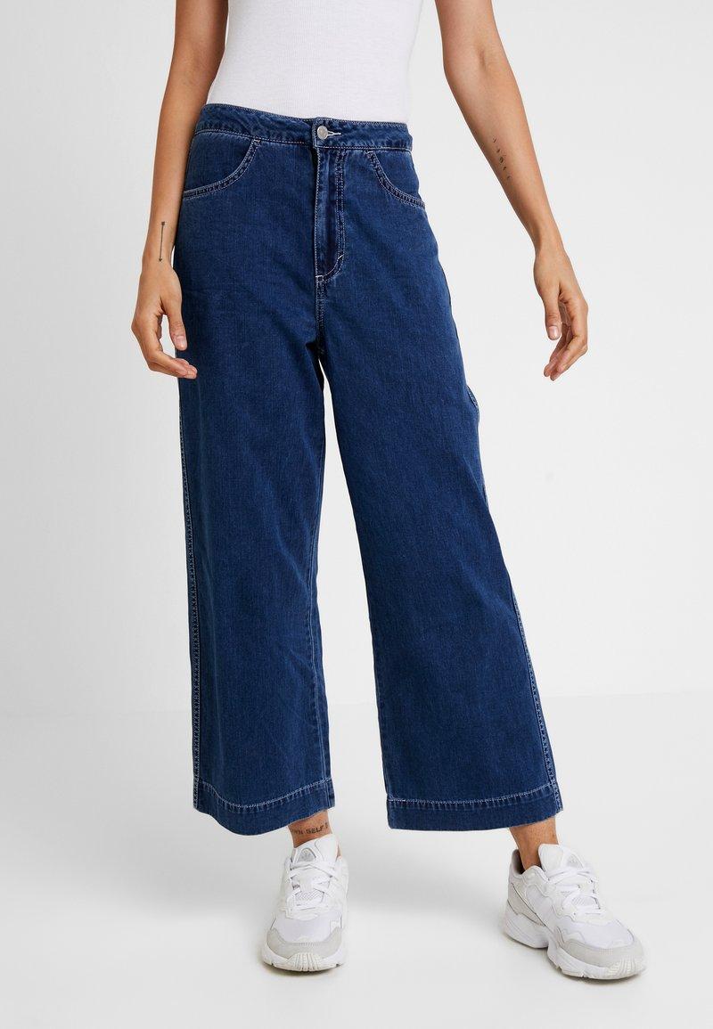 Weekday - VIDA - Flared Jeans - dream blue