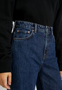 Weekday - ACE OHIO - Flared Jeans - blue denim - 3
