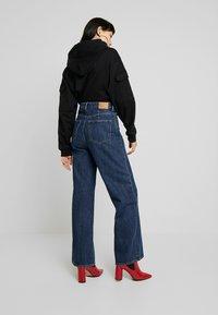 Weekday - ACE OHIO - Flared Jeans - blue denim - 2