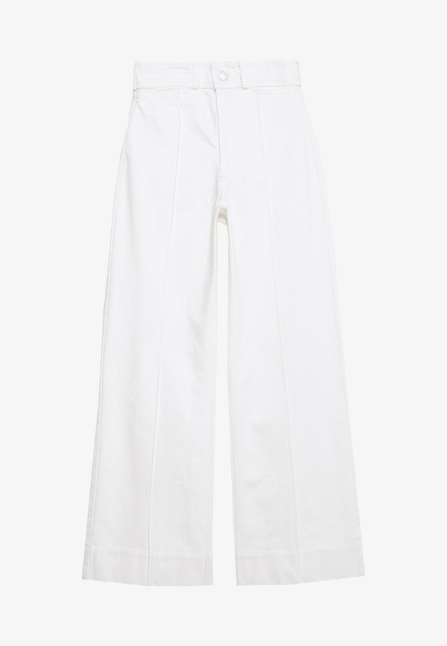 COSMO TROUSERS - Flared Jeans - white
