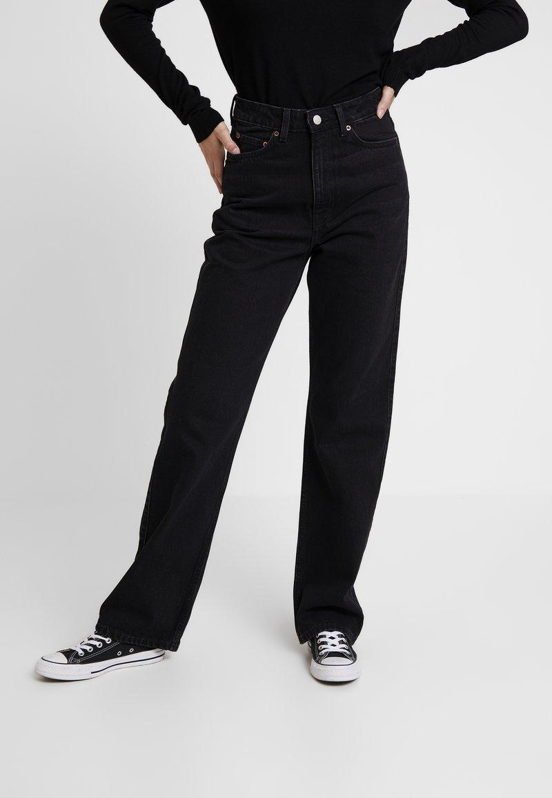 Weekday - ROWE - Jeans straight leg - echo black