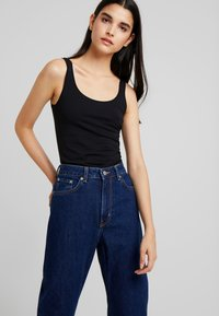 Weekday - VOYAGE - Relaxed fit jeans - river blue - 3