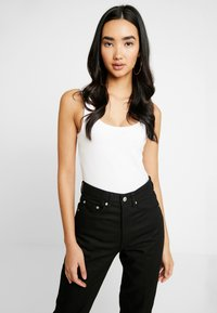 Weekday - LASH - Relaxed fit jeans - black - 4
