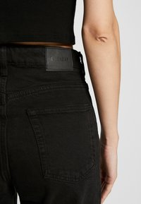 Weekday - MIKA TUNED - Relaxed fit jeans - tuned black - 5