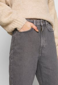Weekday - ROWE EXTRA HIGH - Jeans straight leg - dark grey - 4