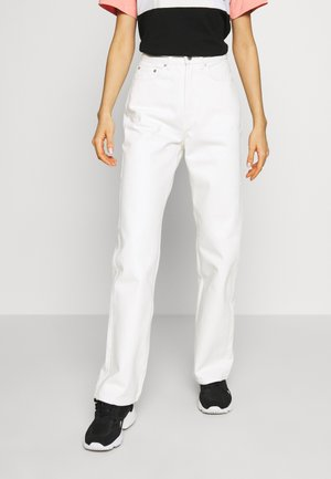 ROWE  - Jeansy Relaxed Fit - white