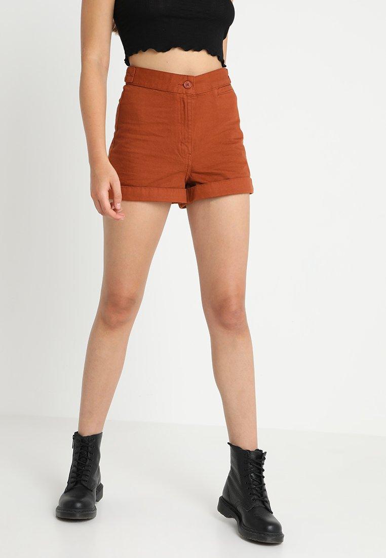Weekday - REVERB - Shorts - rust orange