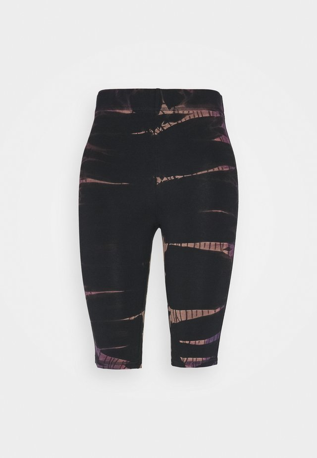 MAURICE BIKER - Shorts - black/purple