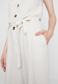 Weekday - THELMA  - Tuta jumpsuit - off white - 6