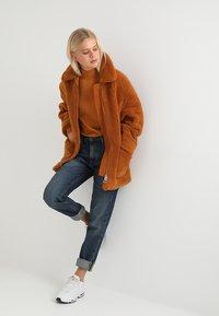 Weekday - FELICE - Cappotto invernale - rust - 1