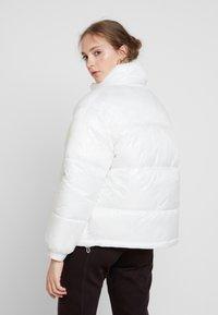 Weekday - BENITA PUFFER JACKET - Zimní bunda - white - 2