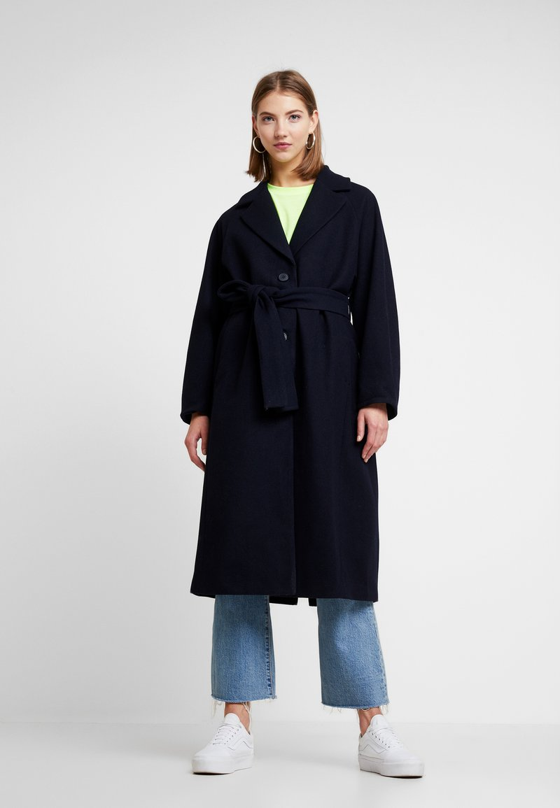 Weekday - VIVI COAT - Kåpe / frakk - navy
