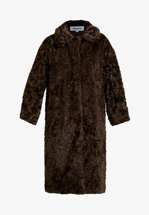 CAMILLE COAT - Zimní kabát - dark brown