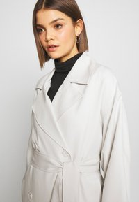 Weekday - KARLEE COAT - Gabardina - light beige - 3