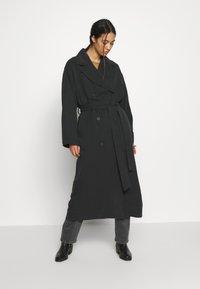 Weekday - KARLEE COAT - Trenchcoat - black - 1