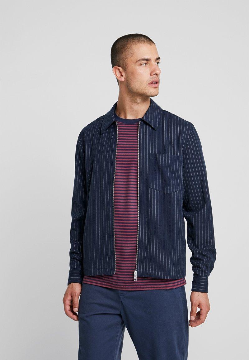 Weekday - AHMED PINSTRIPE ZIP  - Camicia - dark blue