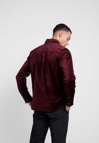 Weekday - LOA  SHIRT - Camisa - burgundy - 2