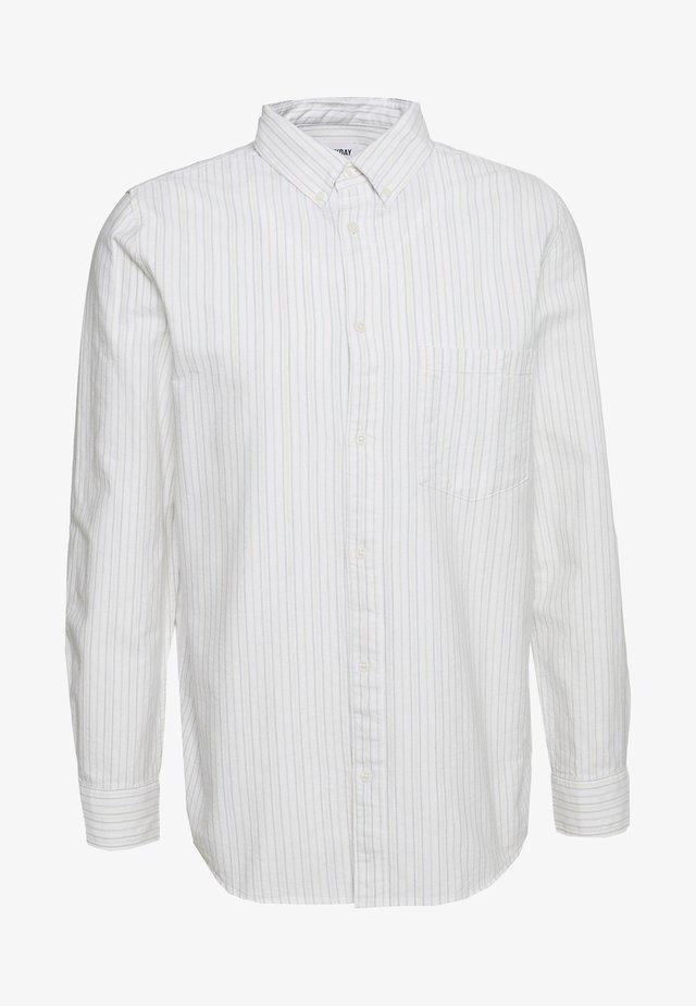 HENNING STRIPED SHIRT - Skjorte - white