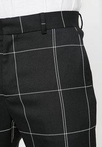 Weekday - CHECKED TROUSERS - Kalhoty - black/white - 3